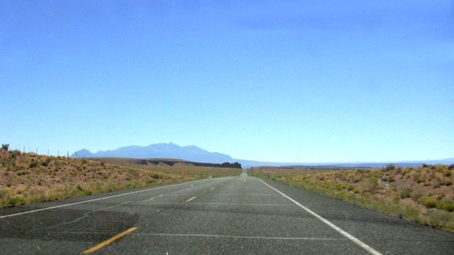 Route 24S to Hanksville